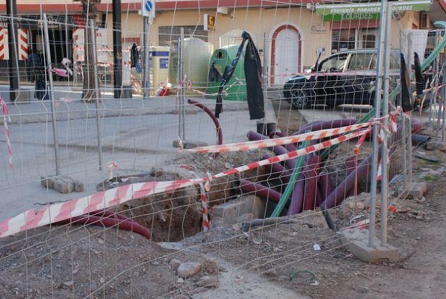 Diego José Mateos exige que se cumpla el compromiso de soterrar los transformadores de energía eléctrica de la Viña - 1, Foto 1