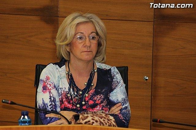 Belén Muñíz en el transcurso del Pleno / Totana.com, Foto 1