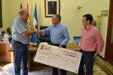 Cáritas recibe un nuevo cheque-donativo del Ayuntamiento de Águilas