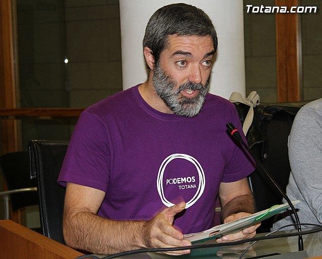 PODEMOS denuncia que la Alcaldesa de Totana impide la libre expresión de los vecinos en el Pleno del Ayuntamiento, Foto 1