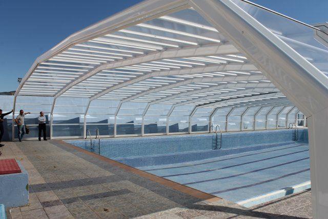 Terminan la instalación de la piscina municipal cubierta, Foto 1