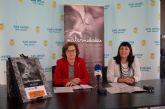 La exposición 'Maternidades' de Bru Rovira servirá para reflexionar sobre otras realidades a través del vínculo universal madre-hijo