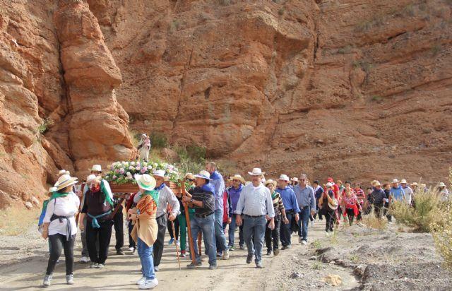 Más 800 personas se sumaron a la Romería en honor a la Virgen del Carmen benéfica para la Asociación ALDEA - 3, Foto 3