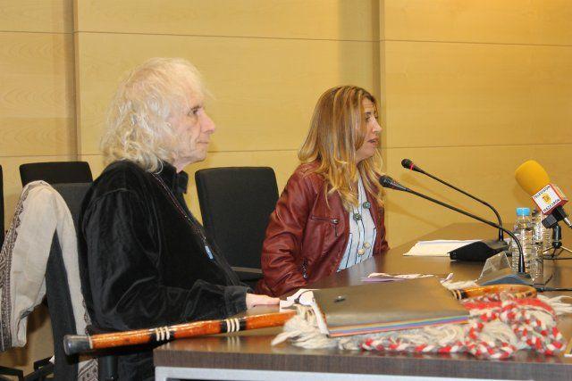 Soren Peñalver habla de la mujer en la antigüedad en el ciclo de liderazgo femenino - 2, Foto 2