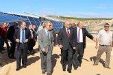 Garre destaca la apuesta de los regantes por el sector de la energía fotovoltaica 'para hacer más rentables y eficientes sus instalaciones'