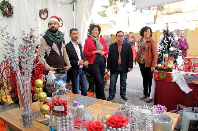 El I Mercadillo Tradicional de Puerto Lumbreras congrega a más de 30 comercios y artesanos locales durante todo el fin de semana - 1, Foto 1