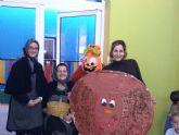 La Escuela Infantil 'Reina Sofía' de Alguazas saborea el otoño con el 'Día de la castaña'