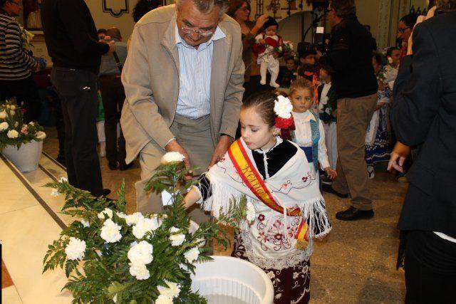 Los mazarroneros rinden homenaje a la patrona con la tradicional ofrenda de flores - 1, Foto 1