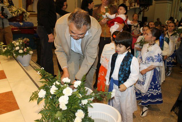 Los mazarroneros rinden homenaje a la patrona con la tradicional ofrenda de flores - 3, Foto 3