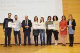 Los nuevos colegios biling�es de la localidad reciben las placas acreditativas por parte de la Consejer�a de Educaci�n