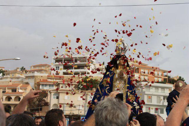 Miles de personas acompañan a la Virgen del Milagro hasta su santuario en Bolnuevo - 5, Foto 5
