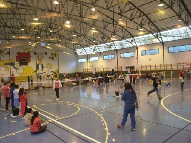 La Concejalía de Deportes organizó la Fase Local de Bádminton de Deporte Escolar., Foto 3