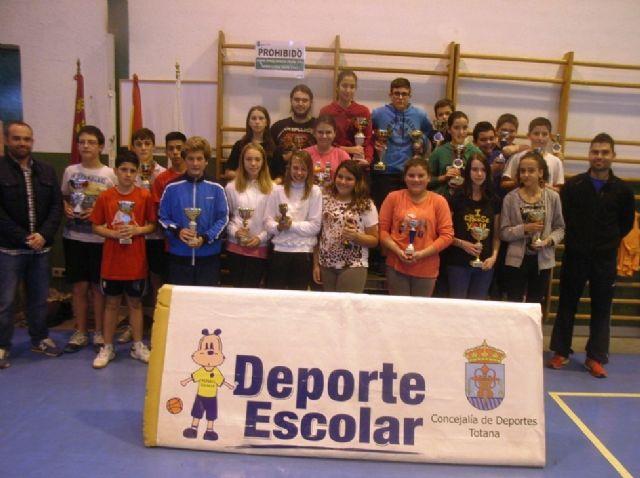 La Concejalía de Deportes organizó la Fase Local de Bádminton de Deporte Escolar., Foto 5