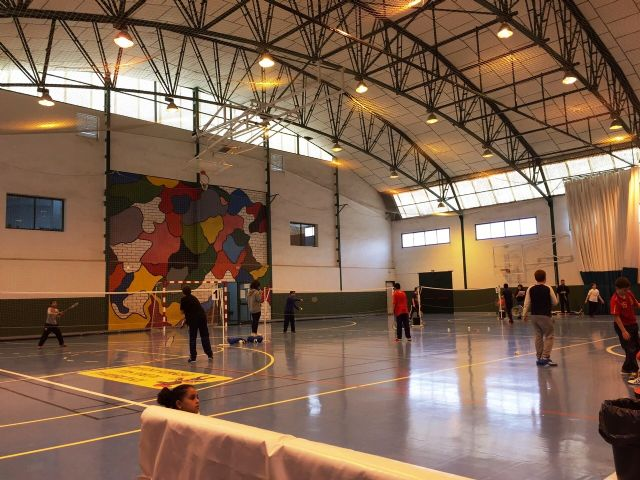 La Concejalía de Deportes organizó la Fase Local de Bádminton de Deporte Escolar., Foto 7