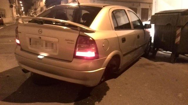 La Policía Local de Totana localizó ayer al conductor que provocó un accidente en la noche del sábado al domingo y se dio a la fuga, Foto 2