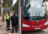 La Guardia Civil denuncia al conductor de un autobús de transporte escolar por duplicar la tasa máxima de alcoholemia