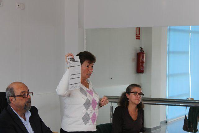 El alcalde se reúne con los vecinos de Camposol afectados por las inundaciones de septiembre - 2, Foto 2