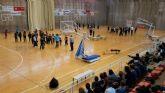 Alumnos de Maristas echan unas canastas con el UPCT Basket Cartagena