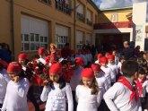 Autoridades Municipales acompañan a las comunidades educativas de los colegios Reina Sof�a y Santa Eulalia en las respectivas romer�as escolares