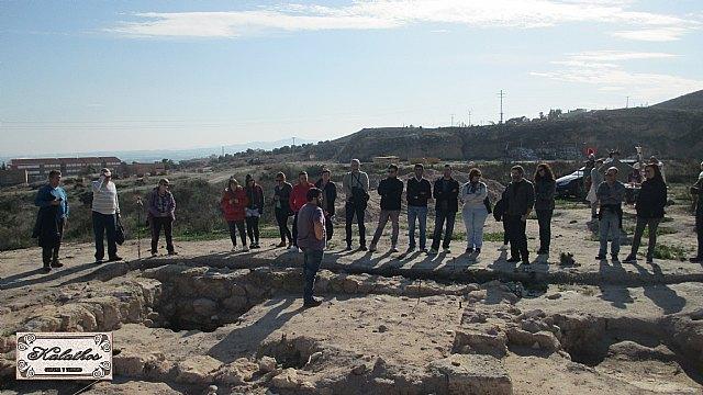 Cerca de 40 personas descubren el origen de la Ciudad de Totana con la Asociación Kalathos - 12
