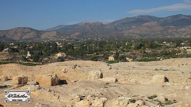 Cerca de 40 personas descubren el origen de la Ciudad de Totana con la Asociación Kalathos - 13