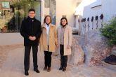 La directora de Bienes Culturales visita Alhama y apoya la restauraci�n del recinto inferior del castillo
