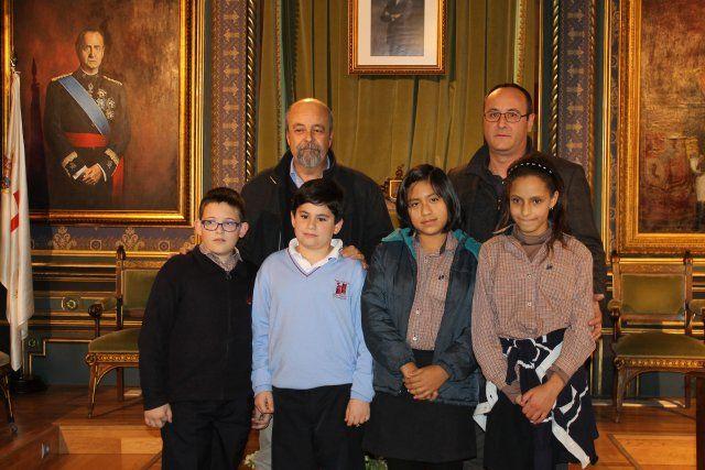 Cuatro escolares de Mazarrón premiados en el certamen internacional de dibujo de aqualia - 1, Foto 1