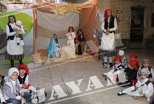El Colegio Ntra. Sra. del Carmen escenifica el Belén viviente - 1, Foto 1
