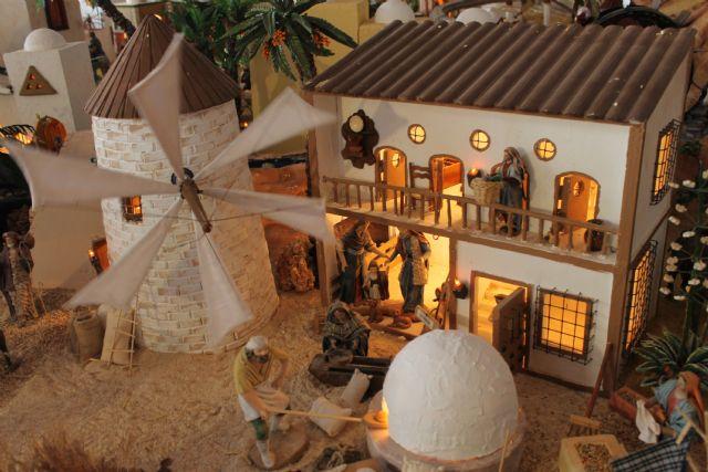 Numerosos belenes acercan la esencia de la Navidad a vecinos y visitantes - 1, Foto 1