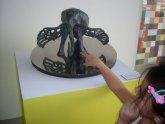 Visita táctil a la obra de Dalí en el Museo de Arte Moderno de Cartagena