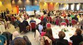 Multitudinaria comida navideña del Partido Popular de Puerto Lumbreras con recogida solidaria de alimentos y juguetes