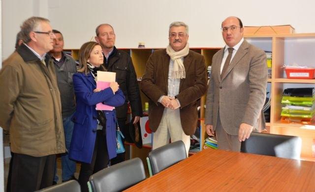 Educación realiza durante la Navidad 43 obras de mejora en centros educativos de 19 municipios