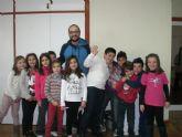 Un total de 25 personas participan, por primera vez, en la Escuela de Navidad que se celebra en el centro sociocultural La Cárcel