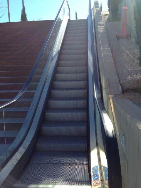 Año nuevo, escalera mecánica del Molinete sin funcionamiento - 1, Foto 1