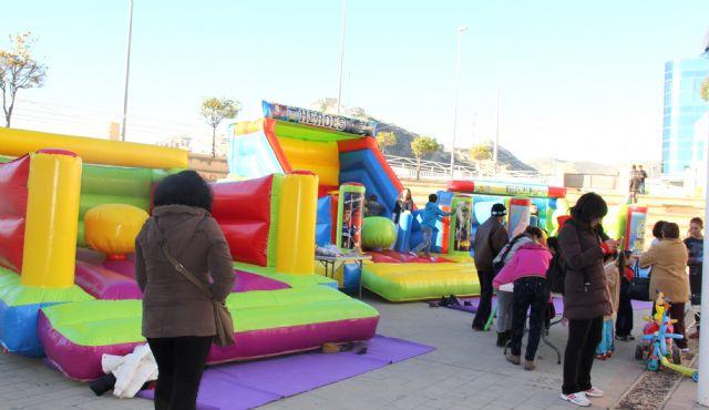 Puerto Lumbreras organiza talleres, juegos educativos y castillos hinchables para los más pequeños, a través de Navilandia - 1, Foto 1