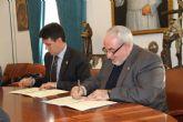 La UCAM y el ayuntamiento de Alhama firman un convenio para mejorar el desarrollo econ�mico y sostenible del municipio