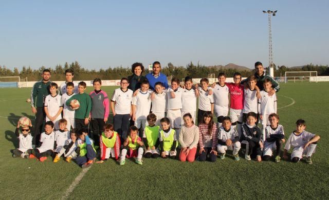 Comienza la nueva temporada de la Escuela Socio-Deportiva de Fútbol del Real Madrid en Puerto Lumbreras. - 1, Foto 1