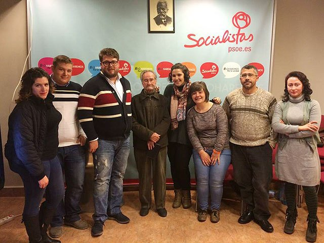 The new Local Executive of Socialist Youth of Totana is presented
