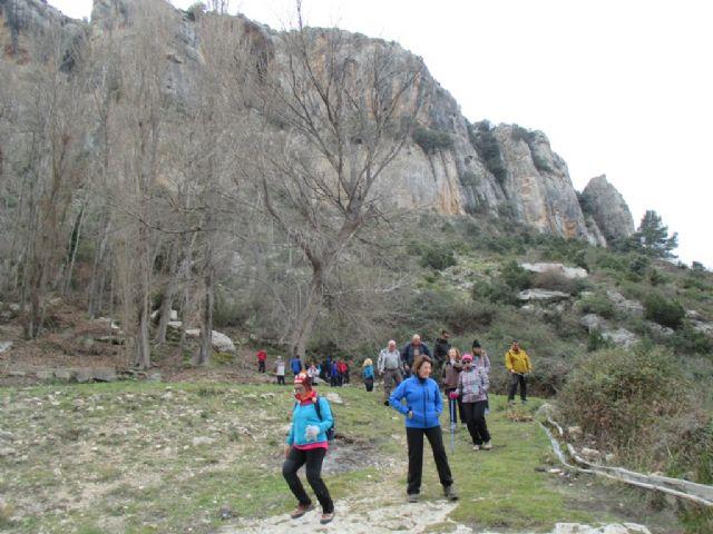 La Concejalía de Deportes celebró el pasado domingo una ruta de senderismo por Moratalla - 5, Foto 5