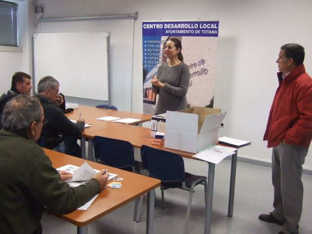 Arrancan los cursos de Capacitación para Tratamientos con Plaguicidas Fitosanitarios de nivel básico - 1, Foto 1