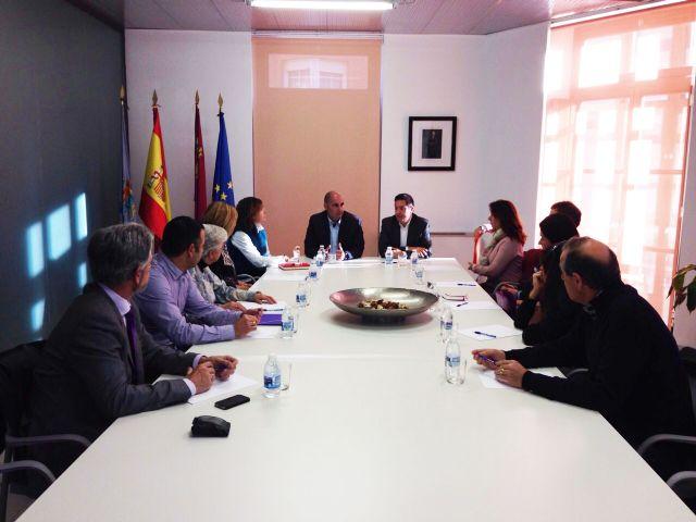 Encuentro con los directores de los centros educativos del municipio - 1, Foto 1