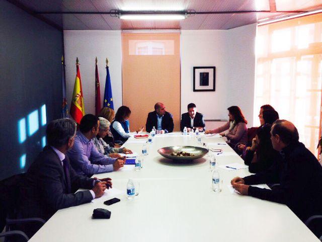 Encuentro con los directores de los centros educativos del municipio - 2, Foto 2