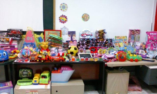 """Cruz Roja Juventud de Cieza da por finalizada la campaña """"No es por los juguetes. Tu solidaridad, sus derechos"""" - 1, Foto 1"""