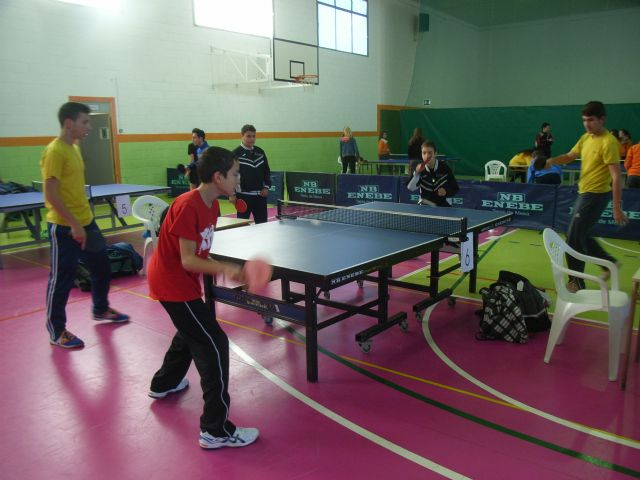 El IES Juan de la Cierva se proclamó campeón regional infantil masculino, en la final regional de tenis de mesa de Deporte Escolar,