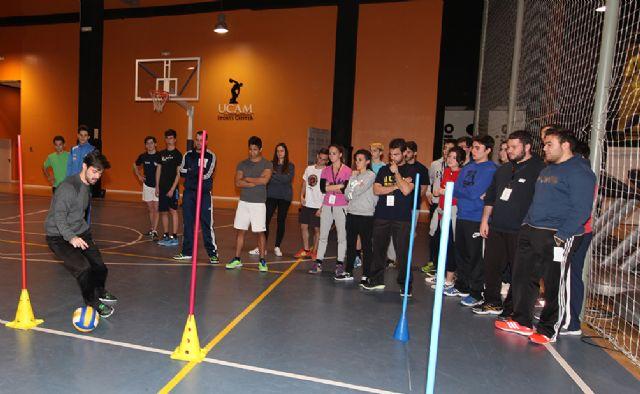 Cerca de doscientos estudiantes de la Región ponen a prueba sus conocimientos - 1, Foto 1