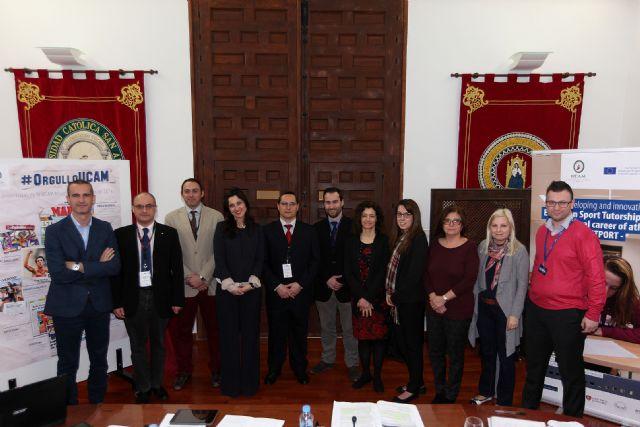 Cuatro universidades europeas replicarán la figura del tutor deportivo de la UCAM - 1, Foto 1