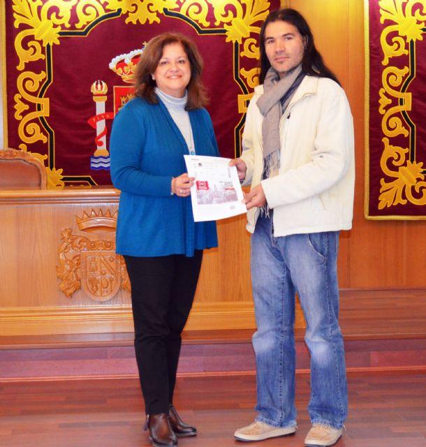 El Ayuntamiento de Alguazas entrega sus premios a los agraciados entre los usuarios más fieles del Carnet Cultural - 1, Foto 1