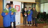 Mercadillo floral de Astrapace en la Conseje ría de Sanidad y Política Social