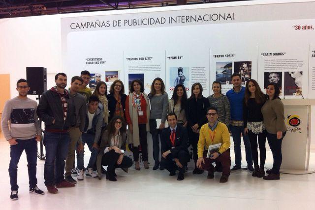 Los estudiantes de Turismo de la UCAM participan en FITUR - 1, Foto 1
