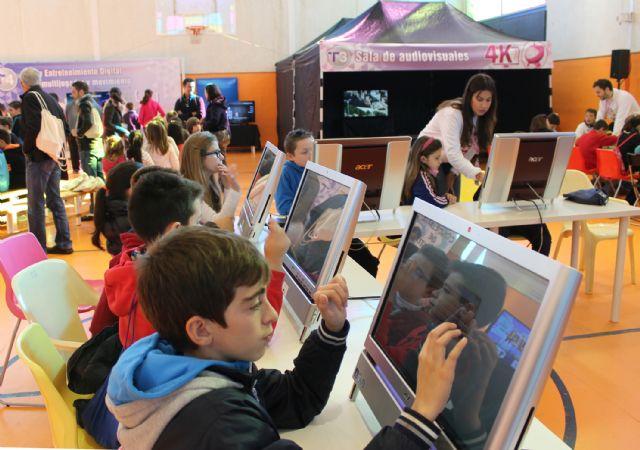 Más de 500 escolares han visitado la Feria de Nuevas Tecnologías SICARM en Puerto Lumbreras - 1, Foto 1
